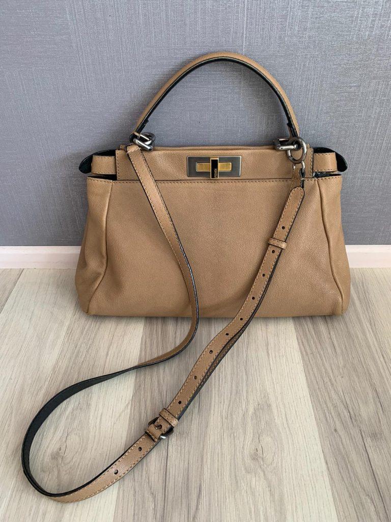 Sac fendi cannelle, une couleur de sac à main qui va avec tout.