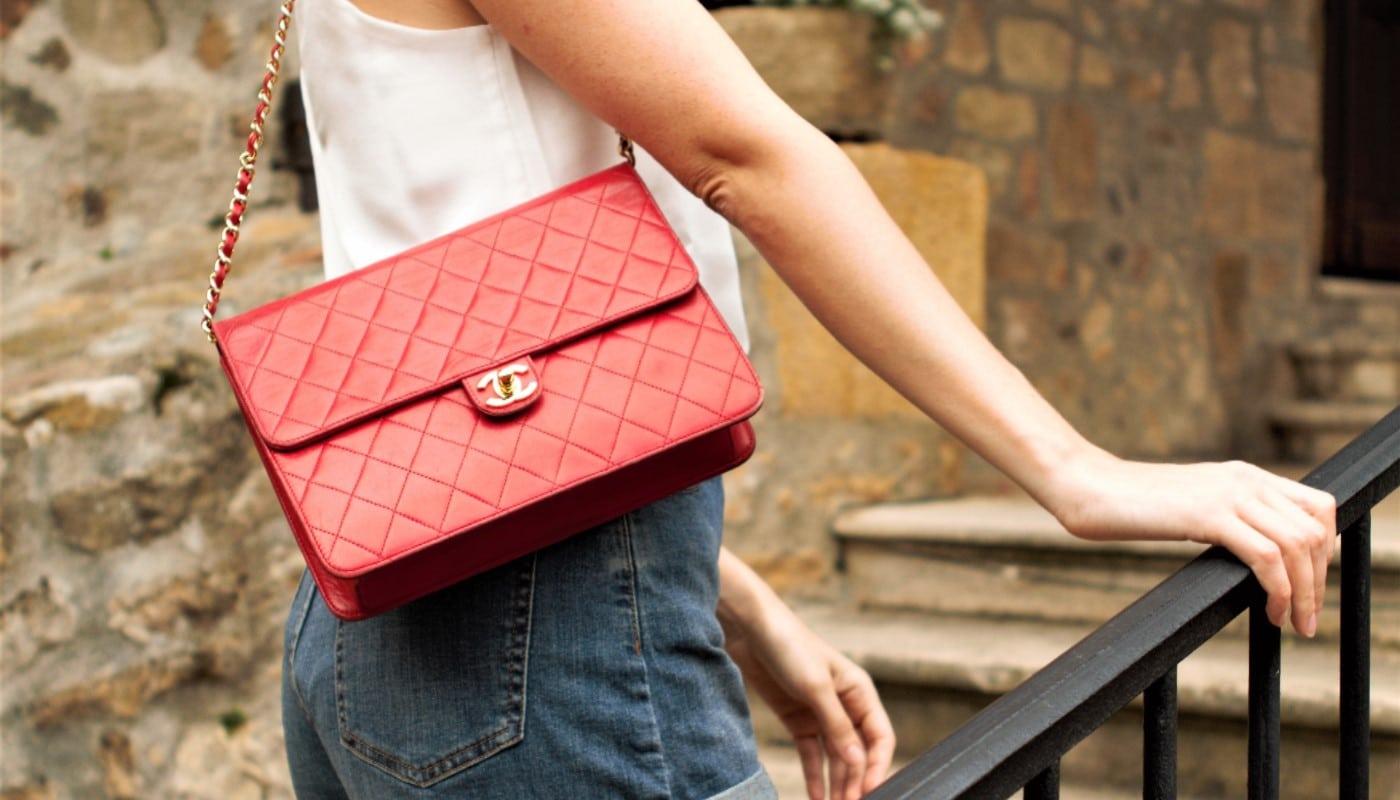 Marie En Chanel Timeless Cuir Rouge
