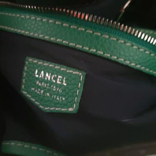 Superbe sac Lancel Premier flirt en cuir denim. Etat neuf, c'est une rare occasion à saisir !