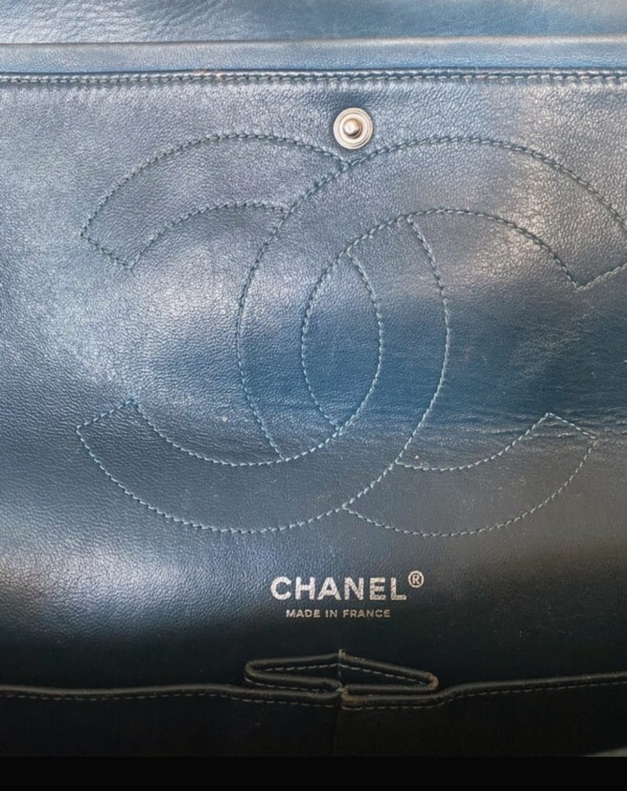 Chanel 2.55 Jumbo cuir verni en excellent état sur IconPrincess