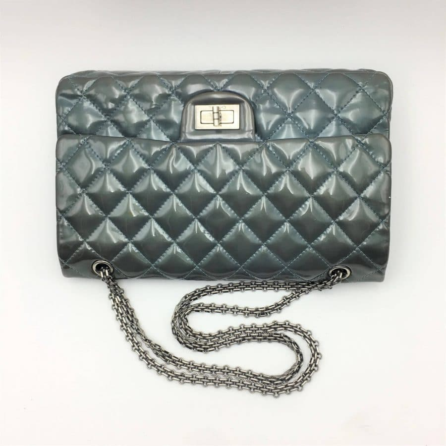 Sac Chanel 2.55 Jumbo cuir verni en excellent état sur IconPrincess