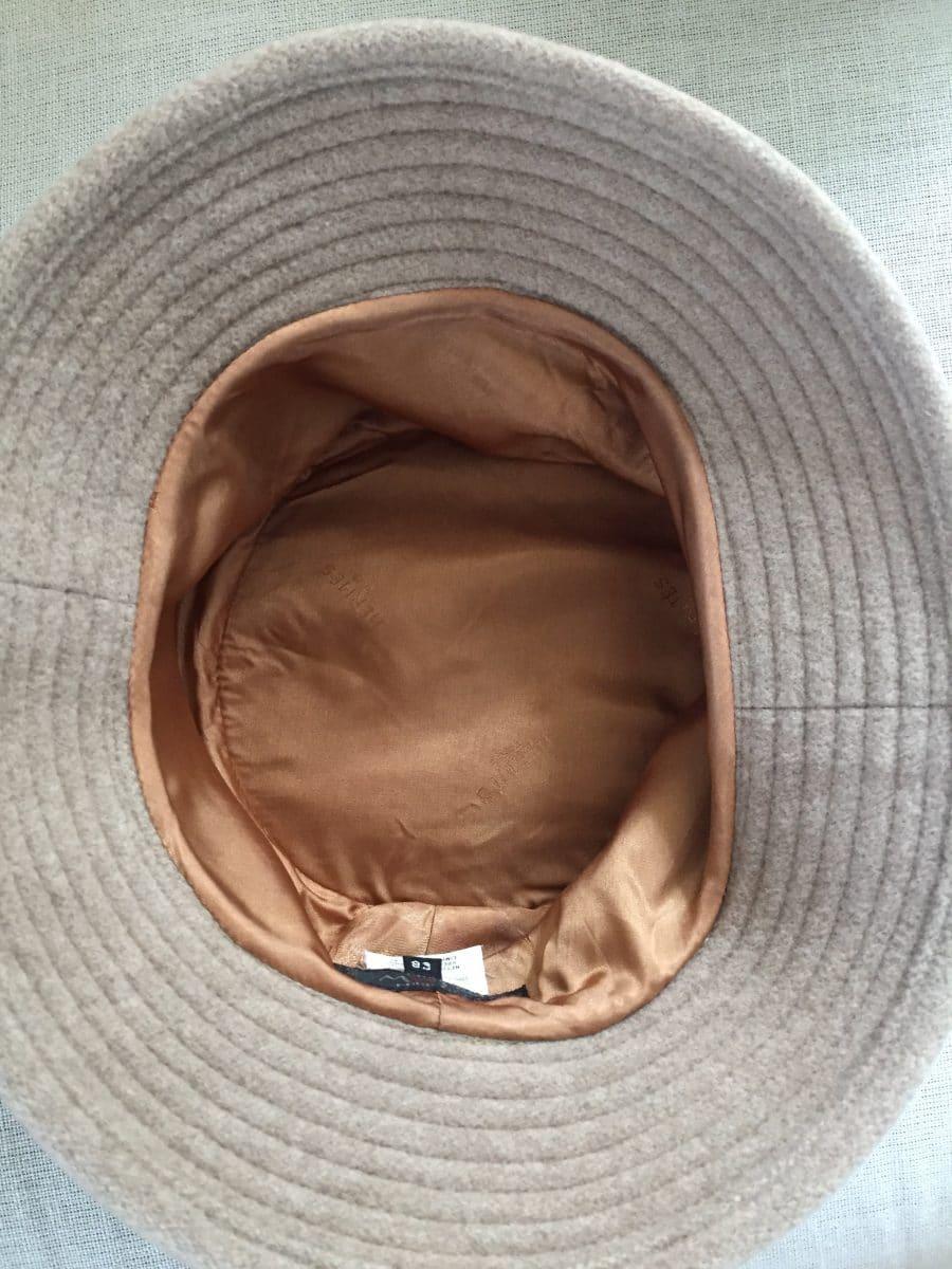 Chapeau Motsch pour Hermès 100% cachemire, état neuf.