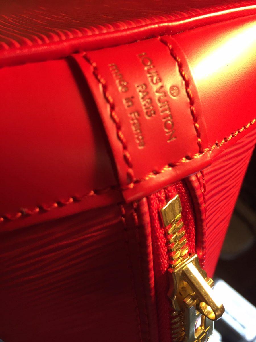 Louis Vuitton Alma cuir épi rouge