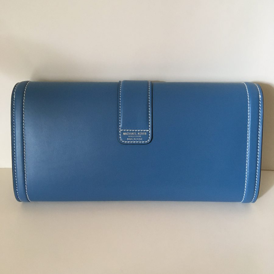 Kors pochette bleue