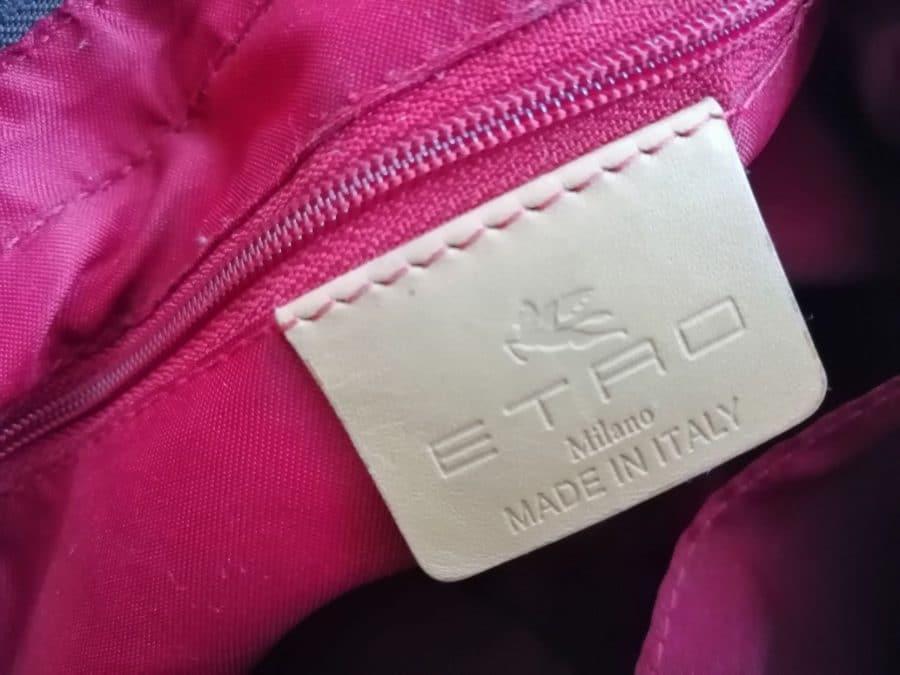 Etro cuir