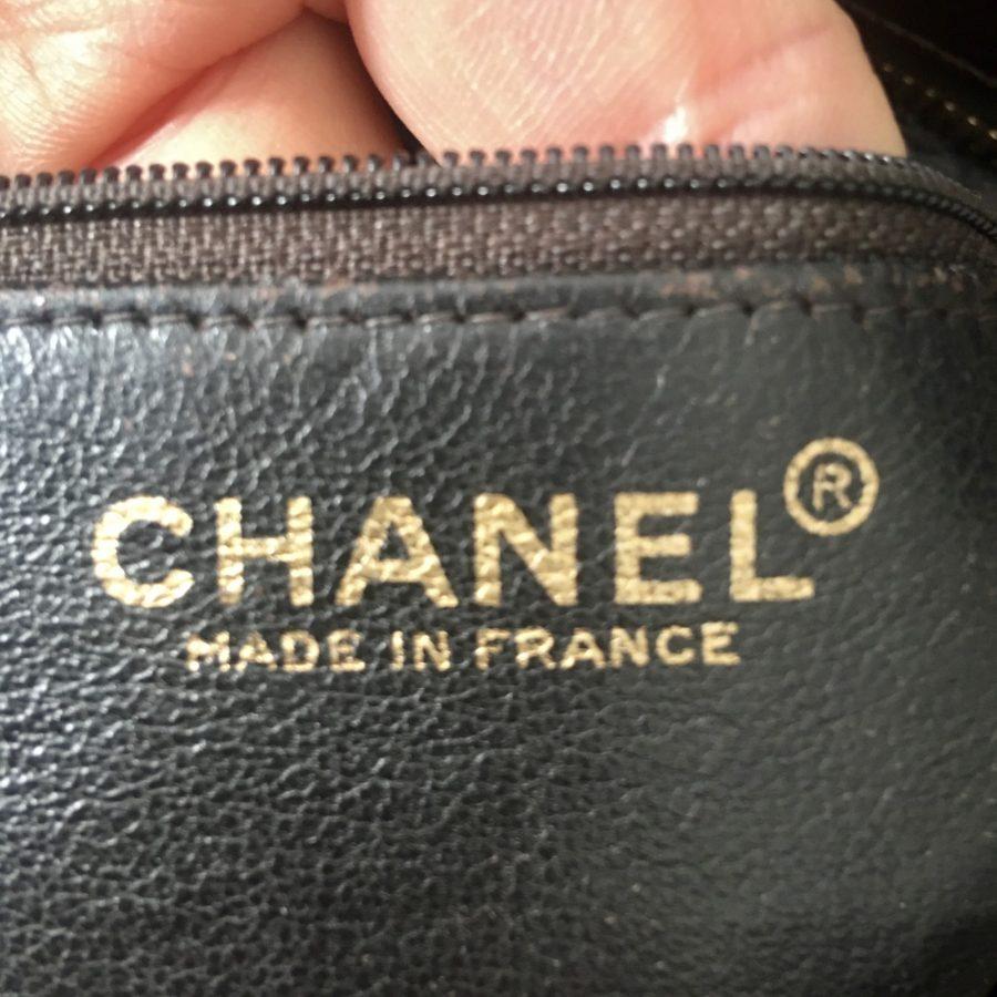 Sac Chanel Médaillon Cuir Marron. Excellent état.