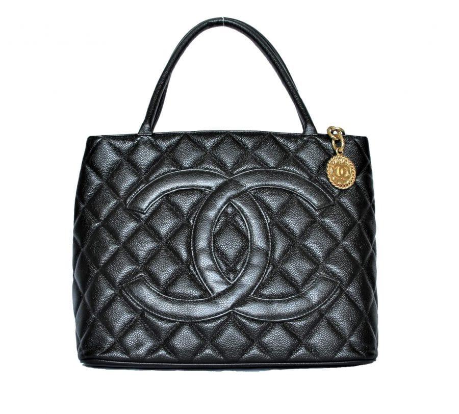 Sac Chanel Médaillon cuir noir en parfait état